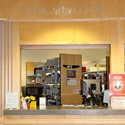 Photo of the Circulation Desk at Barber Library in Bend