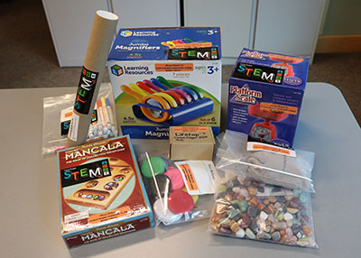 Contents of the Rocks Stem Hub Kit