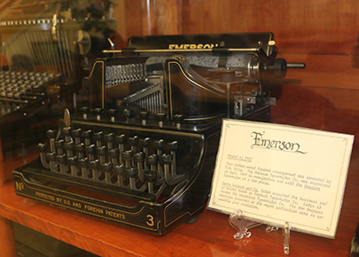 Photo of the Emerson typewriter from the Updegraff Typewriter Collection