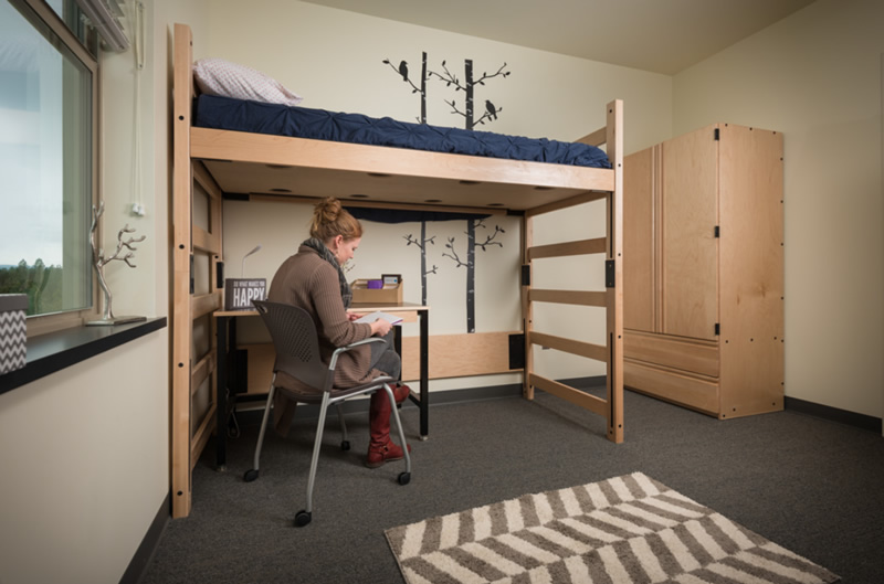 Residence Hall - Studying in sleeping room